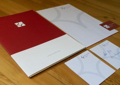 Grafik Design Dienstleistungen, Anne Kronzucker, Rechtsanwältin, München – Logo, Visitenkarte, Briefpapier, Präsentationsmappe, Kurzbrief