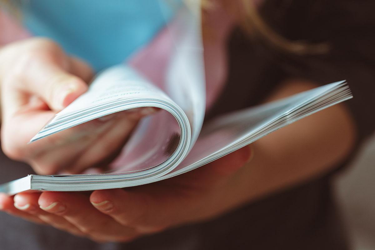 Zeitschrift durchblättern
